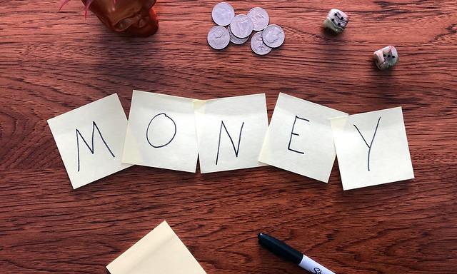Betere voorwaarden en hogere tarieven voor freelance journalisten